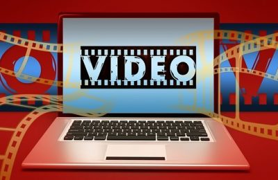 What are the advantages of downloading movies online?